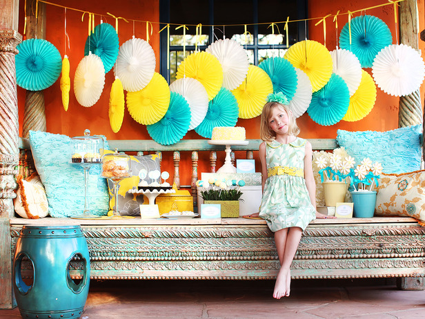 Dessert table ideas for party photograph dessert table par - Party table decorations ideas ...